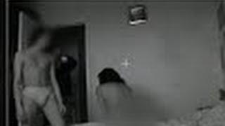 Пенсионер снимает на камеру как его 25 летнюю жену жарит чужой мужик - Брачное чтиво(В этой серии, в программу обратился сын, который подозревает молодую жену своего отца в неверности. В резуль..., 2016-03-19T17:16:16.000Z)