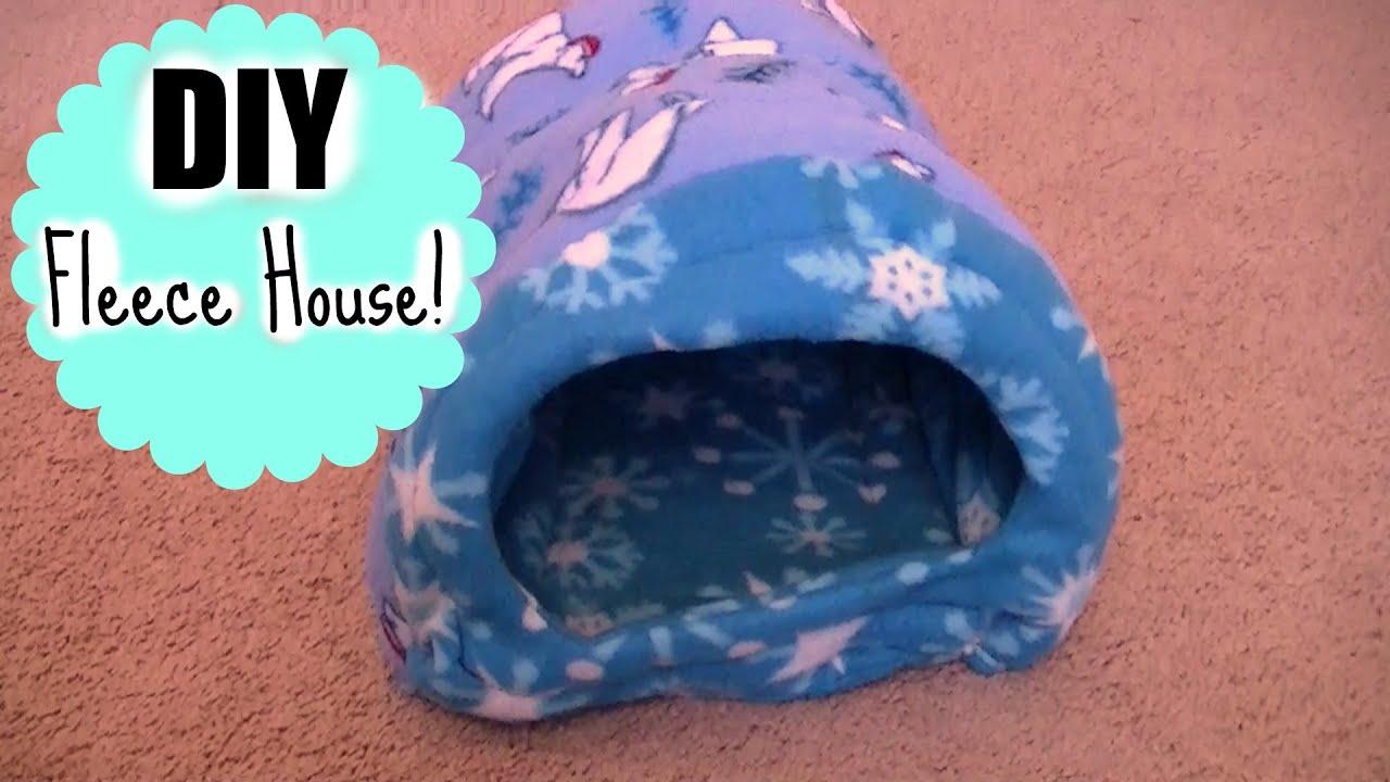 Diy guinea pig fleece house guineapigfans youtube for How to build a guinea pig house