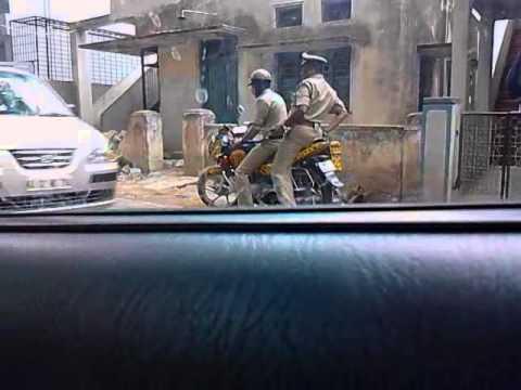 RAJAJINAGAR BANGALORE, Cops taking money from students