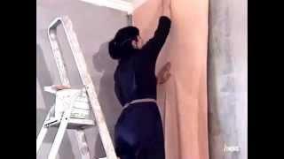 Как правильно клеить обои(Планируете ремонт или просто хотите немного освежить вид своей квартиры? Один из ключевых моментов - это..., 2014-08-22T11:56:19.000Z)