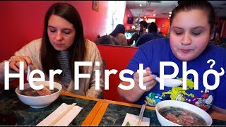 American Eats Pho For the First Time (Ft. My Sister) | Audrey Nguyen