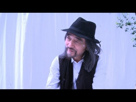 Yohji Yamamoto : his outlook on the young generation of designers