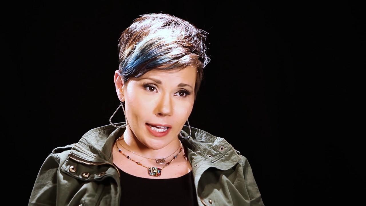 Meet Stage Iv Colorectal Cancer Survivor Erica Hoffman Youtube