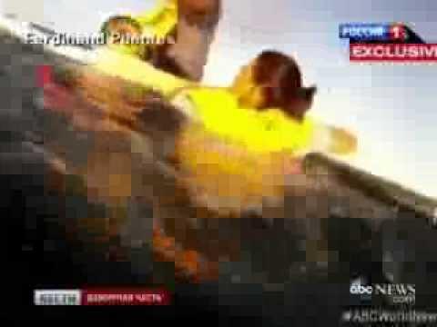 Пассажир заснял падение самолета в море