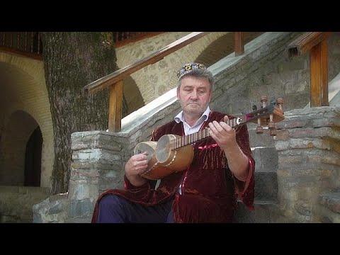 أذربيجان: التار، آلة موسيقية لتهدئة الروح