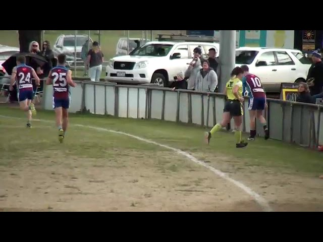 EF Modewarre v Anglesea Throw Ins