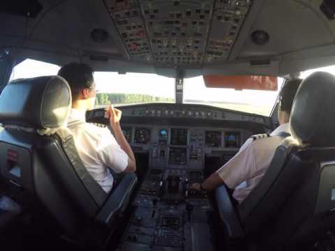 A330-300 Cockpit view Takeoff