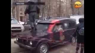 Самые скандальные видео Драка  жестко(Самые скандальные видео Драка прямом эфире жестко., 2013-10-30T14:38:05.000Z)