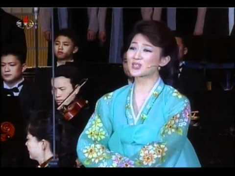 [Concert] Unhasu Orchestra - May Day (1.5.2012) {DPRK Music}