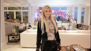 Paris Hilton Builds her own DJ Set at Home