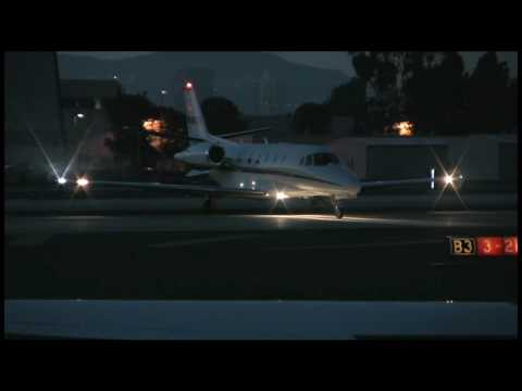 N588QS on taxi for takeoff at Santa Monica Municipal Airport - KSMO