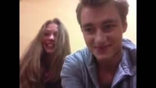 Леша Воробьев и Тася Вилкова на съемках сериала