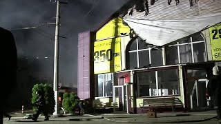 Восемь человек погибли и 10 пострадали в результате ночного пожара в одной из гостиниц Одессы.