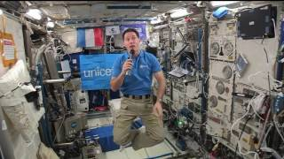 Space Station Crew Member Discusses the Environment with French Students