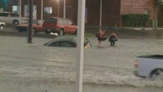 Oklahoma tornadoes: Oklahoma City hit with floods after more tornados kill five people
