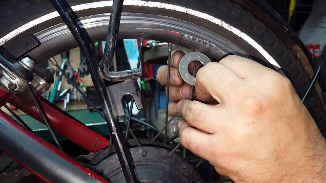 איזון שפיצים לגלגל אחורי באופניים חלק 1