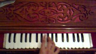 Nusrat Fateh Ali Khan - Phiroon Dhoondta Maikada Tauba Tauba played on the harmonium by Mamo