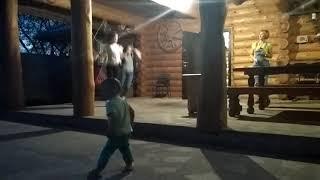 Степан берёт уроки танца