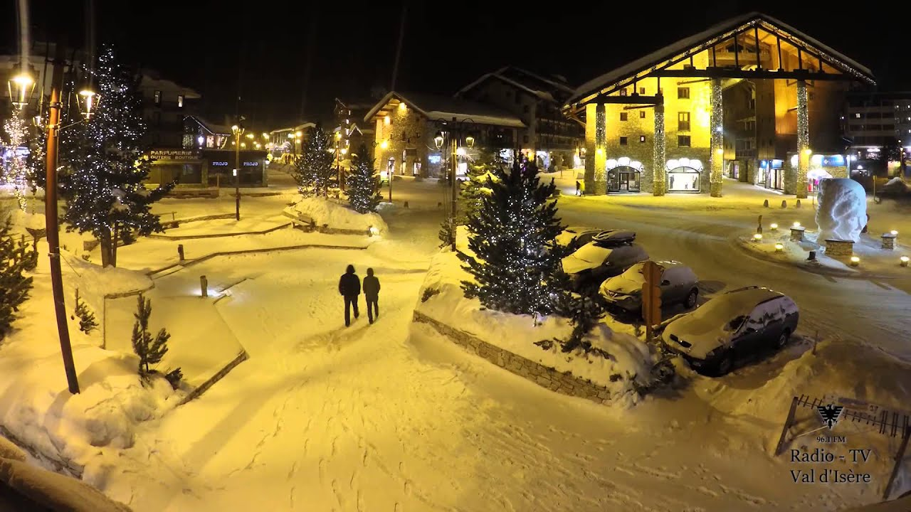 Timelapse neige qui tombe retour d 39 est place de l 39 office du tourisme val d 39 is re youtube - Office du tourisme val d isere ...