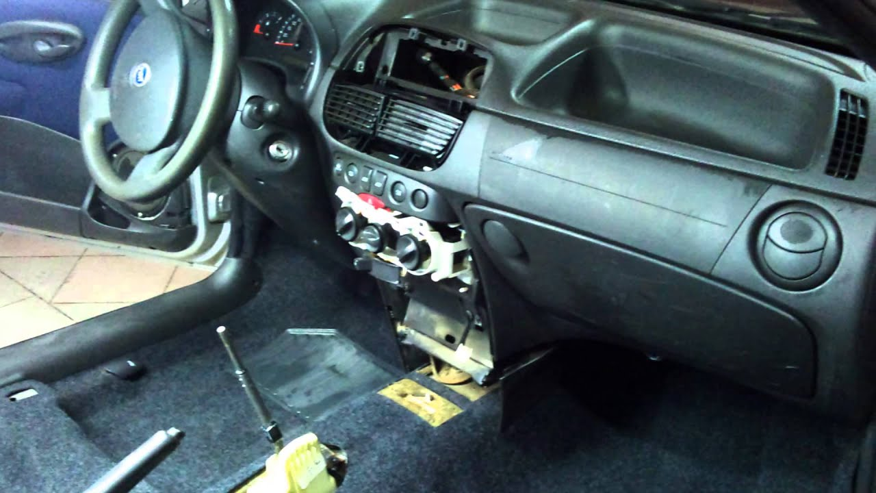 Professional Car Wash Detailing Interior Detailing Fiat Punto Youtube