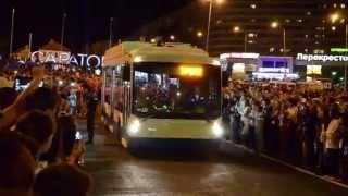 Троллейбус на открытии моста в Саратове, 29 08 2014
