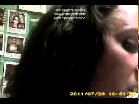"""Janet Kuypers' poem """"In a Cardboard Box"""" on Chicago's WZRD Radio 06/26/11 (mini cam)"""