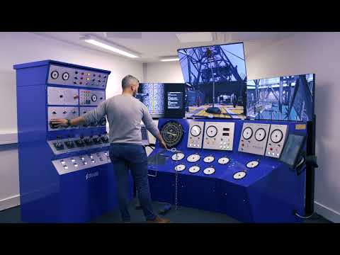 Drilling into a kick on Drilling Systems' DrillSIM:5000 Classic drilling and well control simulator