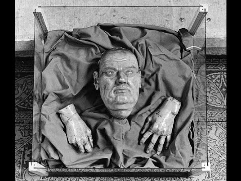FAMOUS DEATH MASKS