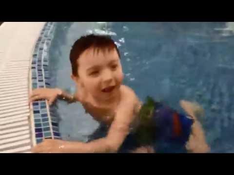 РАЗВЛЕКАЕМСЯ В АКВАПАРКЕ ВОДОПАД ЧУДЕС entertain aquapark Waterfall WONDERLAND