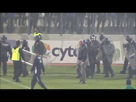 Troubles during the match Anorthosis - Omonia Nicosia 21.01.2017