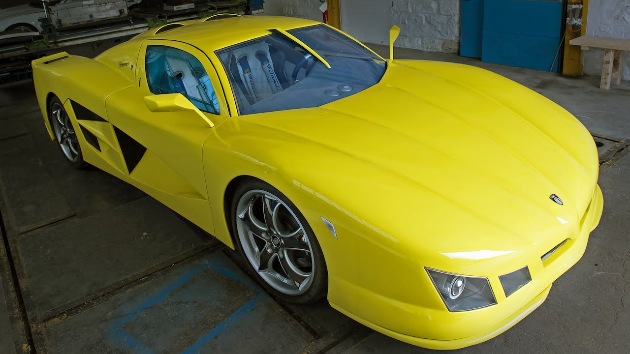 DIY Supercar: Italian Builds Incredible Cars From Scratch