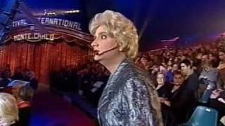 """Marie-Thérèse au """"27e Festival du Cirque de Monte-Carlo"""" (extrait 1)"""