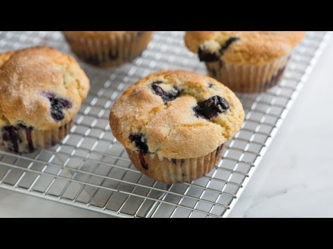 Quick and Easy Blueberry Muffin Recipe - How to Make The Best Homemade Blueberry Muffins