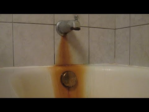 How To Clean A Bathtub Remove Rust Clean Hard Water Stains With Bar Keepers Friend.