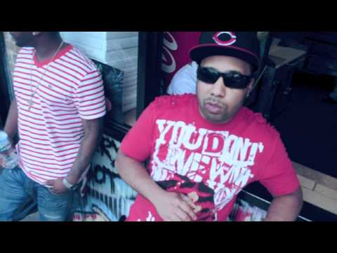 HoolyBoy (Ft. Villa aka Josey Walez) - What Ni$$a What [20-18Entertainment Submitted]