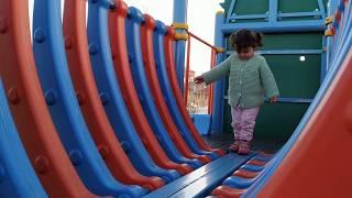 Ebrar oyun parkında kaydıraklardan kaydı ve tünellerden geçti. #oyunparkı #park