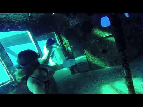 Freediving a shipwreck