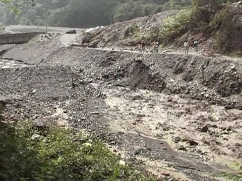 Overtopping failure of a large-scale artificial dam in Taiwan (Feng and Chen, 2012) - Part 2 Surge