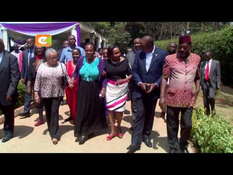 Kenyatta, Ruto condole with Nkaissery family