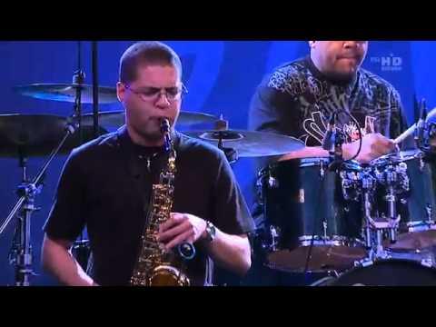 Resultado de imagen de Marcus Miller - Estival Jazz Lugano 2008 HD 720p