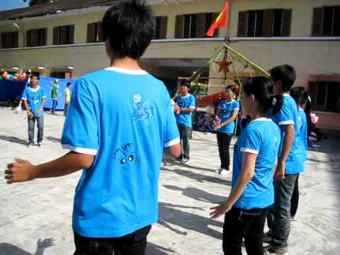 múa tập thể 10A1