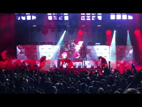 Korn- Here To Stay (Live- Blossom Music Center 8-2-17)
