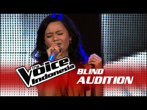 Dewi Kisworo Royals  The Blind Audition  The Voice Indonesia 2016