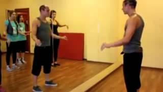 Видео уроки танцев . Robot.  Popping.  Loking.  king tut.  dab step.  hip hop. Обучающее видео.
