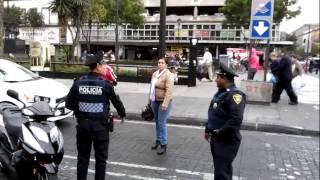 Repeat youtube video POLICIAS MUY CORRUPTOS!!!
