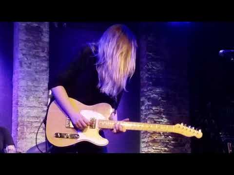 Joanne Shaw Taylor closing numbers 2018-03-02