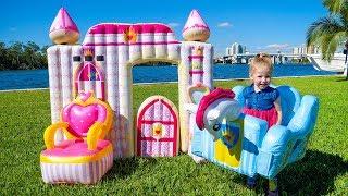 Детский влог Рум Тур Распаковка Игрушки Замок Принцессы