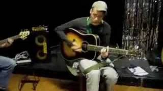 Middle of Your Ashtray (soundcheck) - Declan Bennett