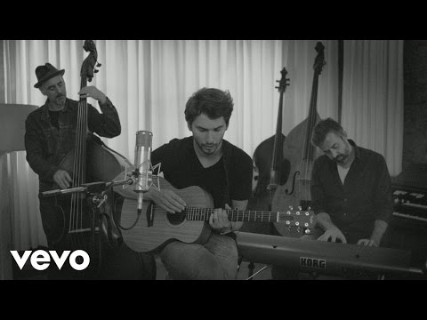Cry Boy Cry - My Heart Is So Heavy (Acoustic Session)
