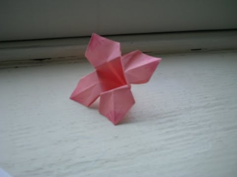 Origami Daylily for Mothers' Day